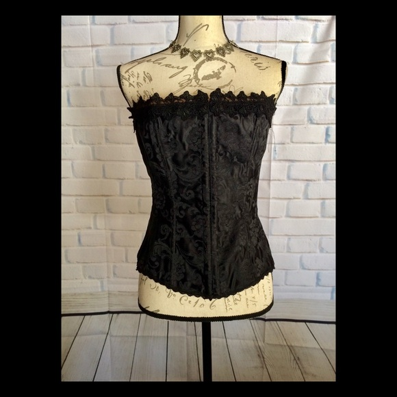 37ea9245bf Frederick s of Hollywood Other - Frederick s of Hollywood Black Brocade  Corset 38